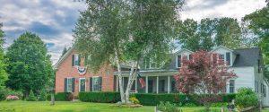 Country Home Viviana DeSimone RE Newton Homes for Sale