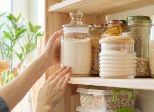 Kitchen supplies Viviana DeSimone RE
